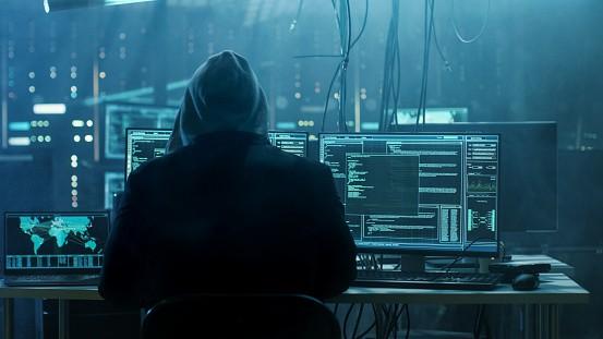 Saks Hacking